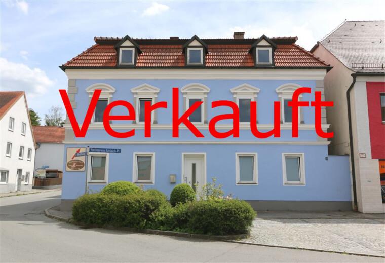 Rubrik Verkauf mit Haus und Schlüssel von IsarImmobilien Florian Schmidlkofer Loiching